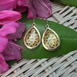 Jewelry - 🍀 NWOT Gold Colored Boho Earrings